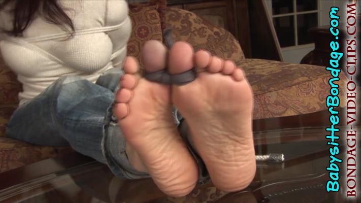 girls barefeet and socks porn